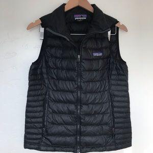 Patagonia - Sz. M - black puffy Patagonia Vest